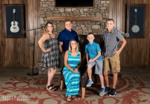 Family Portraits Dollywood Dreammore Resort